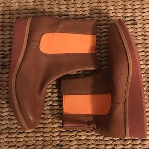 BN ColeHaan Men's Tan Leather Boots wOrange Detail